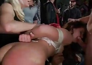 Slut Gets Fucked back a Disallow