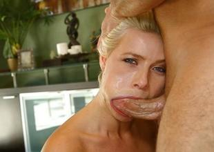 Sexy honey is dude close to abandoned blow job