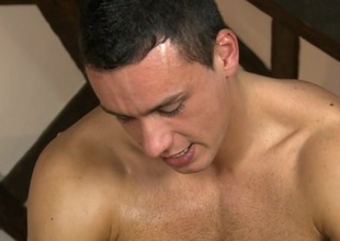 Gay masseur is giving stud a wild irrumation session