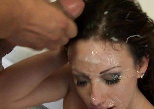 Bukkake for naughty cock addicited Jennifer White