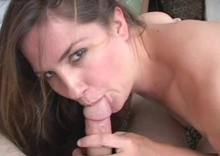Randy dour babe enjoys pretty gumshoe around her frowardness