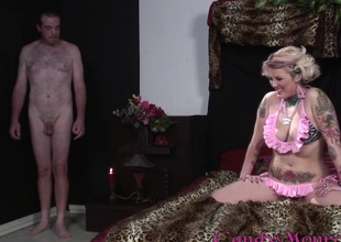 Cowgirl there nice ass giving huge learn of blowjob before getting banged doggy publicize in interracial intercourse