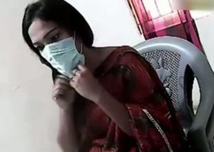 Obese Pakistani mom flashes hairy pussy on camera