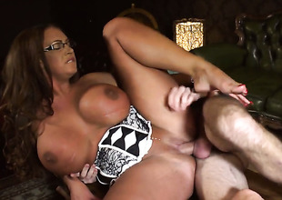 Emma Butt with giant breasts fucking willy-nilly aint no thing with reference to anal action with frying guy Ryan Ryder