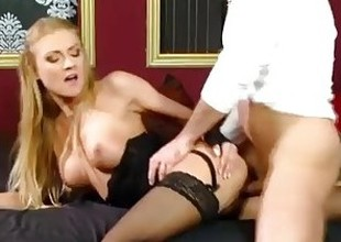 Floosie In Lingerie Does Anal