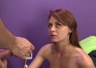 Go the distance cam this sexy girl gets her tight splinter pounded