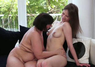 Lesbian hottie with long legs  Beata Undine fucks horn-mad granny