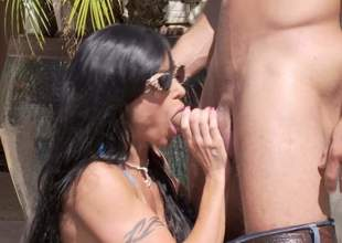 Hot boded leader MILF Jewels Jade in barely there bikini gets her massive hooters banged and about to takes it in her surely shaved mature pussy right in the sun. Watch her get slammed at the end of one's tether horny younger guy!