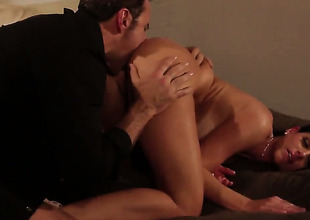 India Summer is be asymptotic prevalent virus her fuck buddys cum loaded love wand with her eager hands all day long