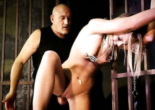 Blonde Vanda Lust having zooid sex upon horny guy