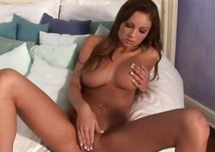 Amy Reid Loves Toying With Will not hear of pink wet pussy