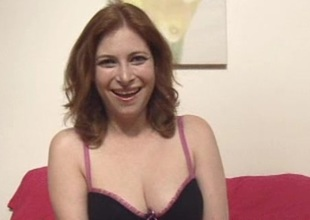 Redhead amateur slut gets pussy fucked with mating trifle