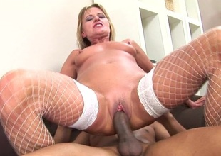 Horny mature slut dripping cunt near