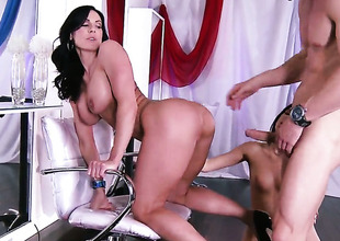 Johnny Sins shows nice sex tricks concerning Kiera Winters with get under one's help of his shake hard impediment