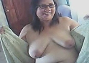 Webcam solo with my fat fuckbuddy dancing naked and shaking her titties