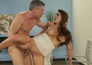 Dominate sunless bitch Veronica Vainglorious gets her nor'easter banged well by Mick Blue