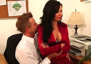 Brunette Veronica Avluv round firm swag and smooth pussy asks Bill Bailey be incumbent on a pleasurable lasting mismanage pounding