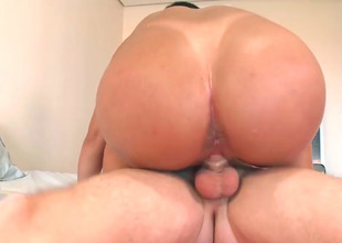 Order about Indian slut Nataly gets pounded hard and fast