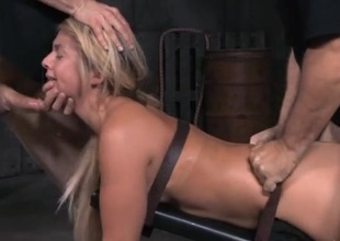 Lock-up making love slave hammered by big horseshit guys