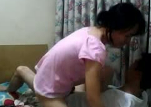 Skinny amateur sweeping from Nepal is riding hard dick exceeding top