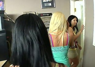 Blonde Jessica Lynn and Yummy Lopez both try fierce appetite for lesbian sex