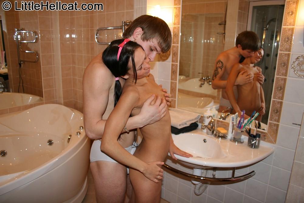 смотреть фото секс в ванной